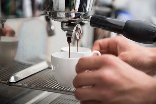https://kinsalecoffee.ie/wp-content/uploads/2017/06/Depositphotos_51390353_s-2015.jpg